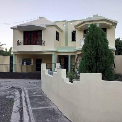 Casa En Baní