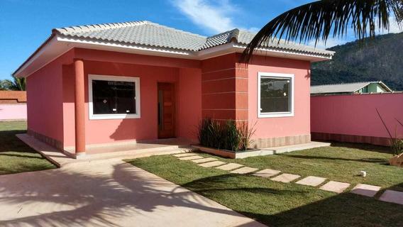Casa Em Itaipuaçu Com 3 Quartos E Churrasqueira. 592