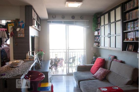 Apartamento Para Aluguel - Camaquã, 3 Quartos, 67 - 893045897