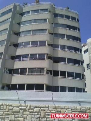 Apartamentos En Venta 17-10481 Bs.12.000.000.000