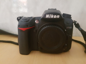 Camera Nikon D7000 + Bateria Extra