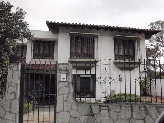 Se Vende Casa 404m2 3h+s/4b+s/2p La Trinidad