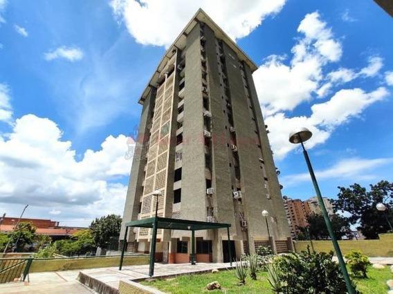 Oportunidad Apartamento En Urb. El Centro Cod 20-2342 Dyfc