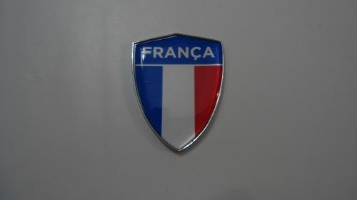 Escudo Auto-adesivo Cromado Resinado Franca