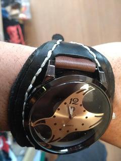 Brazalete De Cuero Legítimo Artesanal Con Reloj
