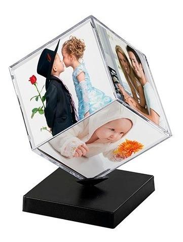 Cubo Acrílico Porta Retrato Já Com Fotos 6x6cm Com Suporte