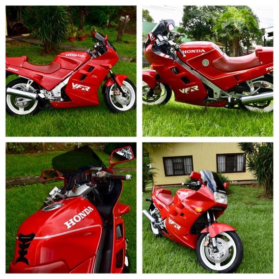 Honda Vfr750f Rc24 Preciosa Moto Economica Y Cómoda