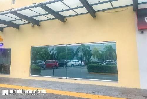 Renta De Local Comercial En Plaza Millenium