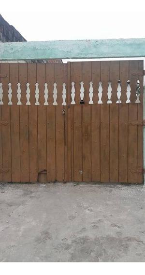 2 Casas Em São Vicente ---leia O Anuncio Ate O Fim....