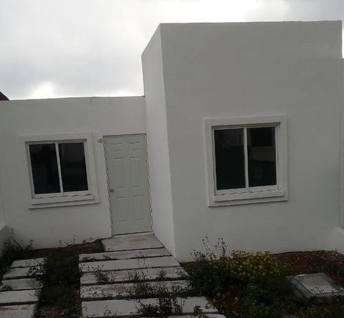 Imagen 1 de 7 de Vendo Bonita Casa De Un Nivel Con Opción A Ampliación