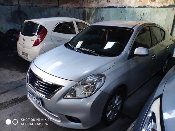 Nissan Versa 1.6 Advance 5vel Mt 2014