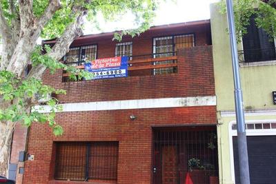Venta Casa 5 Ambientes Patio Terraza Quincho Parrilla Villa Del Parque
