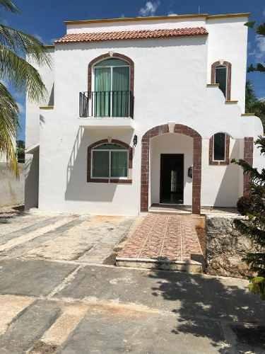 Casa Sola En Venta En El Doral, Campeche, Campeche