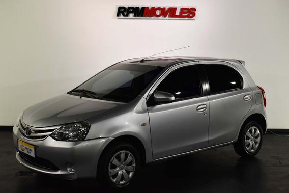 Toyota Etios 1.5 Xs 5 Puertas 2015 Rpm Movlies
