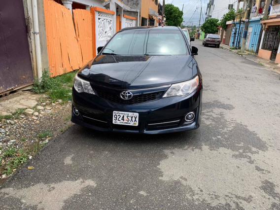 Toyota Camrry 2014