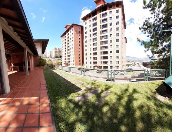 Apartamento De 3 Habitaciones Y 2 Banos