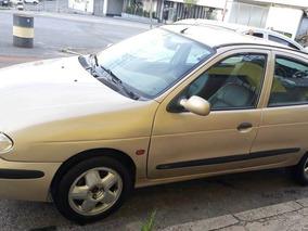 Renault Megane 1.6 Rxe 5p