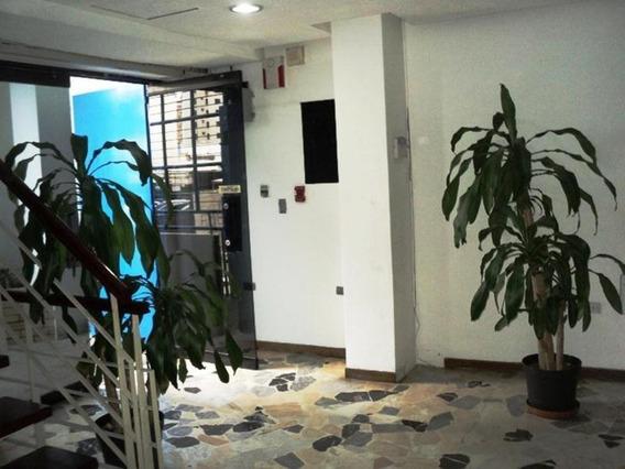 Negocio En Alquiler Bello Monte Código 21-870 / Yelitza O.