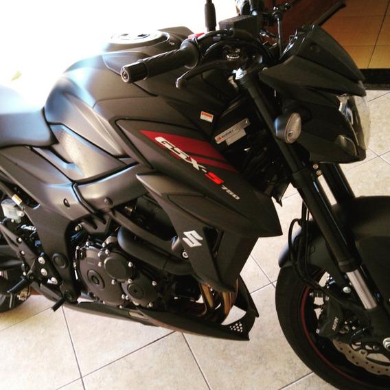 Suzuki Gsx-s