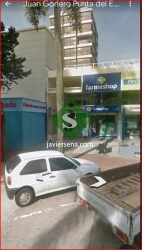 Venta De Local En La Peninsula, Buen Local Comercial.- Ref: 168037