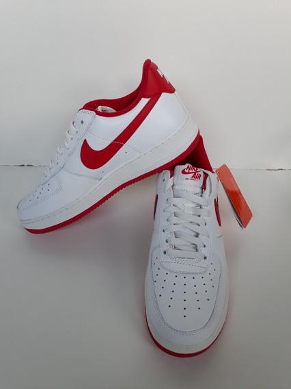Tenis Air Force 1 Low Retro + 6 Meias Nike