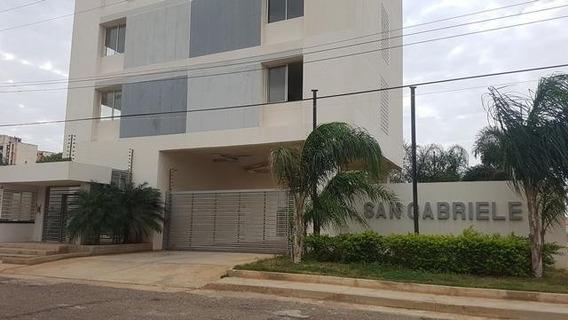 Apartamento En Venta. Delicias. Mls 20-10982.