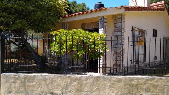 Casa En Terreno Propio - Calle 81 Nº 394 - Mar Del Tuyu