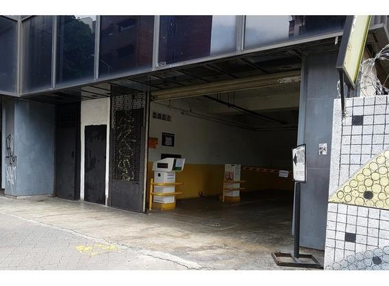 Estacionamiento Mecanico Con 9 Pisos, En Av Solano. Caracas