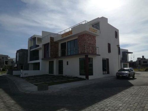 Casa Sola En Venta Paseos De La Herradura, Excelente Ubicación, Doble Filtro De Seguridad.