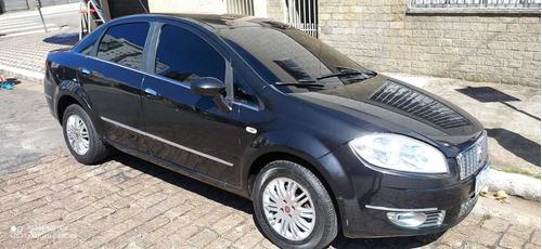 Fiat Linea 2013 1.8 16v Essence Flex 4p