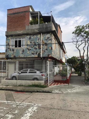 Imagen 1 de 10 de Vendo Apartamento Duplex  En Aranjuez