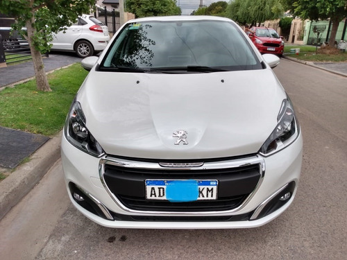 Peugeot 208 Allure Automático 2018 Con 26.600 Kms