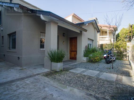 Muy Linda Casa En Venta En Punta Chica, San Fernando.
