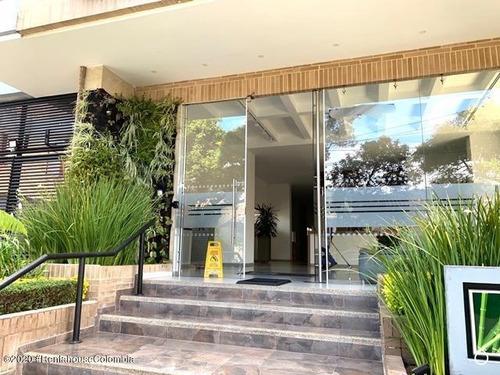 Apartamento En  Cedritos(bogota) Rah Co: 21-695