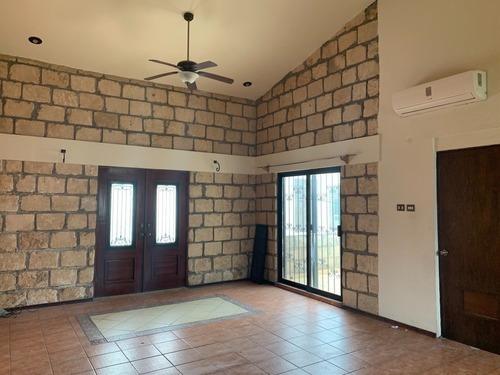 Casa En Cipreses Residencial 2 Sector, San Nicolás De Los Garza