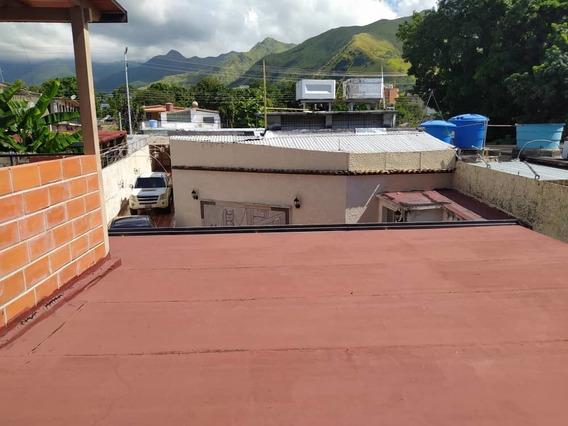 Se Vende Quinta En El Toro Buen Precio Delicias 04243785803