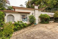 Casa Comercial- Petrópolis, Centro - L246