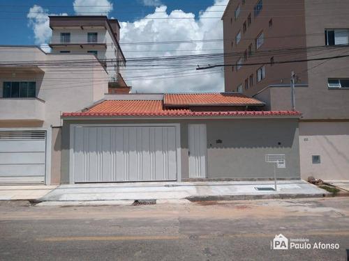Imagem 1 de 10 de Casa Com 2 Dormitórios À Venda, 174 M² Por R$ 530.000,00 - Jardim Das Hortênsias - Poços De Caldas/mg - Ca1423