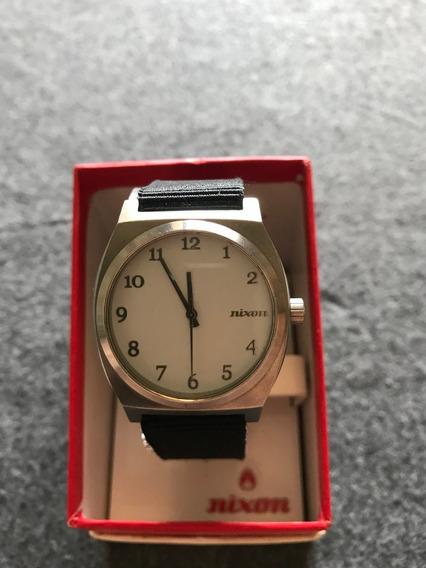 Relógio Nixon - Modelo The Time Teller (r$130,00)