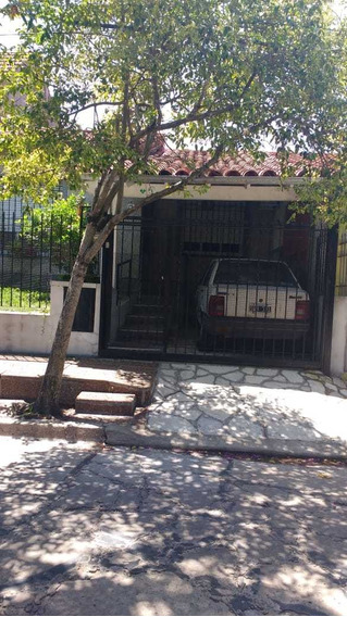 Chalet En Ciudad Jardín De Tres Ambientes, Dos Dormitorios , Living-comedor- Cocina Comedor Diario F: 8128