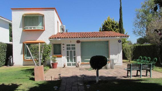 Casa Funcional Y Amplia En San Gil Queretaro