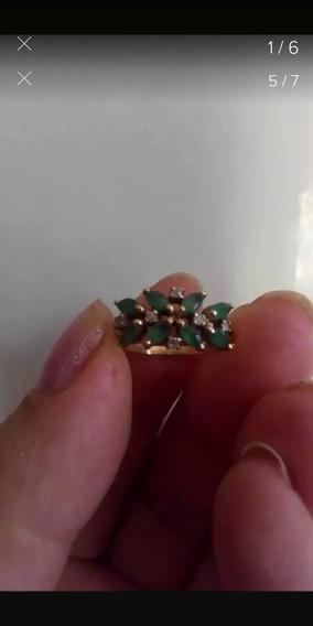 Anel Com Esmeraldas E Diamantes Em Ouro 18 K