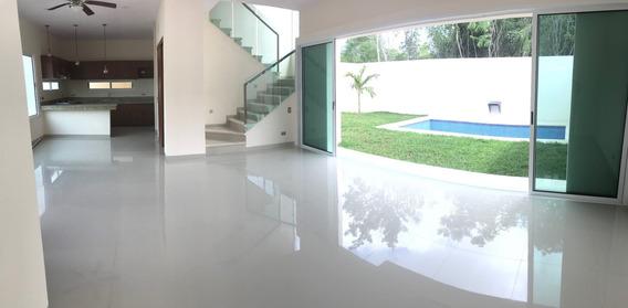 Casa Hermosa En Exclusiva Privada, (solo Hay 4 Casas)