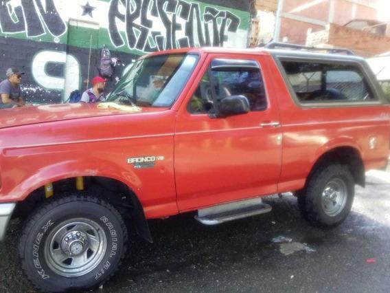 Ford Bronco 96 Xl - V8 5000rpm