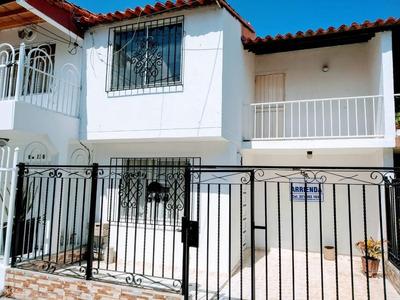 Arriendo/vendo Casa En Villa Marbella
