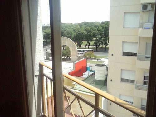 Imagen 1 de 12 de 2 Amb, D U E Ñ O, Balcon Frances, Subte, Tren, Vista Panoram
