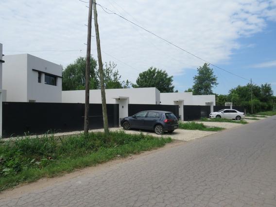 Venta (posible Alquiler) 407 Entre 7 Y 8. Casa Con 2 Dormitorios, Villa Elisa.-