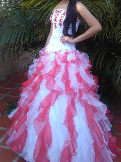Vestido De 15 Años ( Tipo Princesa )