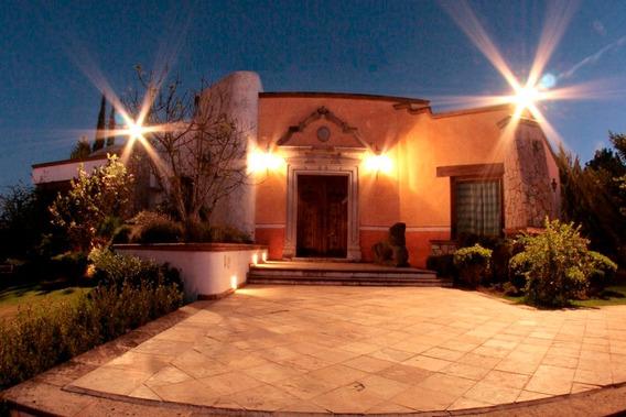 Hermosa Residencia Tipo Hacienda