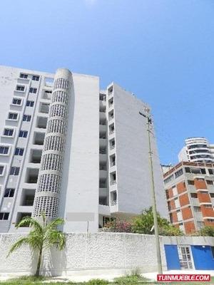 Código # 802 Bello Apartamento En La Guaira.
